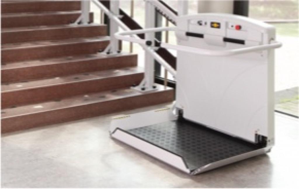 Einbaubeispiel eines gebrauchten Plattformliftes